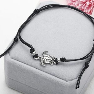 Women accessories and jewelry